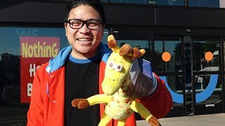 Download Bay Area shoppers get nostalgic as Toys R us stores liquidate Video
