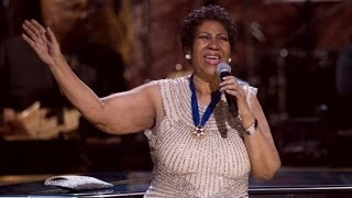 Download Twitter reacts to Aretha Franklin's long national anthem rendition Video