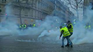 Download France faces 'yellow vests' for a fifth week Video