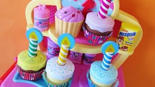 Download Toy magic oven bake decorate cupcakes muffins Minnie Mouse kitchen accessories surprise cupcake toys Video