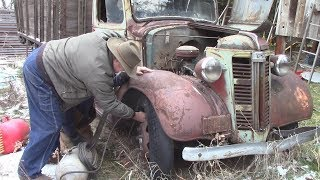Download 1938 GMC sits for 10 years - WILL IT START ???!!! Video