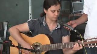 Download Berfin Aktay'dan Canda Kürtçe (Yok böyle bir ses) Video