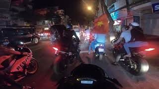 Download Đoàn pkl bão tưng bừng mừng VN vô địch AFF Cup tại Cần Thơ Video
