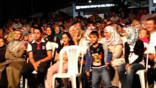 Download Hep Beraber - DEBU Live in Beyazıt, Istanbul .MOV Video