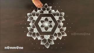 Chukki Rangoli With Freehand Look Kolam With 7 4 Interlaced Dots