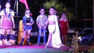 Download Kuki Show Fashion Pattaya 3 - August 2017 Video