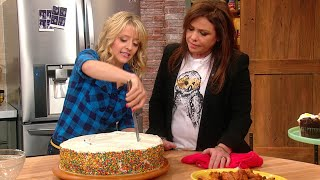 Download You're Cutting Cake Wrong | Rachael Ray Show Video