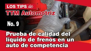 Download Prueba de calidad del líquido de frenos en un auto de competencia. Video