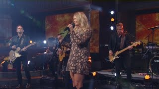 Download Watch: Miranda Lambert performs on Thanksgiving Video
