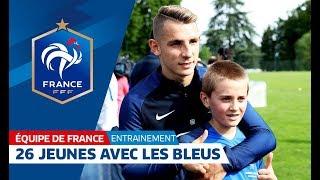 Download Un entraînement avec les Bleus pour 26 jeunes ! Video