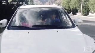 Download དགོད་བྲོའི་བརྙན་ཐུང་། Tibetan joke 5 Video