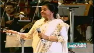Download Chura Liya Hai Tumne Live by Asha Bhosle Video