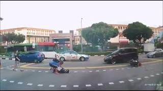 Download Accident at junction of Tampines Ave 2 and St 31 Video