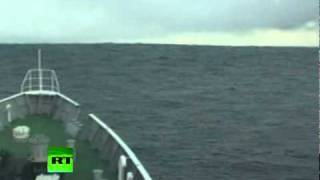 Download Tsunami Climbing: Incredible video of ship heading into wave in Japan Video