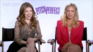 Download Anna Kendrick - She Likes Girls (Gayest Moments) Video