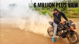 Download Pulsar Rs 200 pulsar 220 and R15 stunt video Video