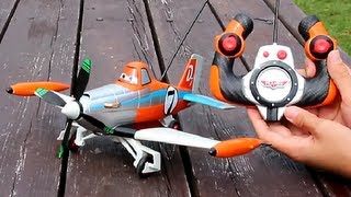 Download Racing Dusty Crophopper Diecast Aircraft / Jeżdżący Samolot Dusty - Cars Planes - Dickie - 3089803 Video