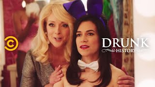 Download Drunk History - Gloria Steinem Goes Undercover at the Playboy Club Video