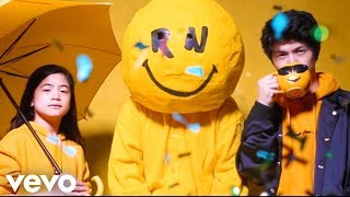 Download Ranz and Niana - You Can Do It Video