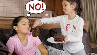 Download IGNORING MY LITTLE SISTER FOR 24 HOURS! Video