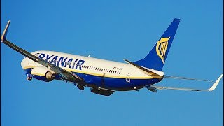 Download How is RYAN AIR? Flying Dirt Cheap From Spain to Morocco Video