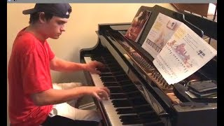Download Pizza Boy Shows Up And Starts Playing Piano Video