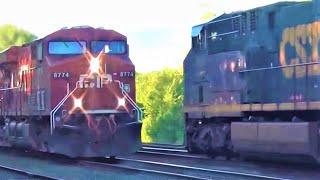 Download Canadian Pacific Train Meets CSX Train Video