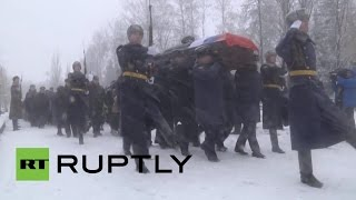 Download Russia: Thousands mourn at ceremony for deceased Su-24 pilot Oleg Peshkov Video