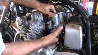 Download Pulling your 1979 Suzuki GS750L Carbs Video