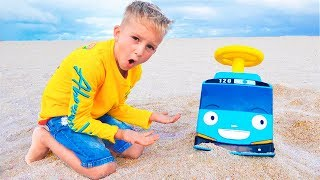 Download Vlad and Mommy toy minibus adventures Video