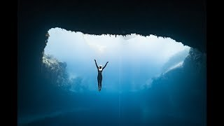 Download Anna freediving Dean's Blue Hole Video