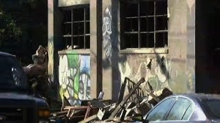 Download Friends Fear Loss of Loved Ones in Oakland Fire Video