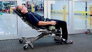 Download YOU WILL BE AMAZED AT WHAT THIS CHAIR CAN DO! Video