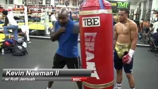 Download Kofi Jantuah instructing Kevin Newman II on the heavy bag Video
