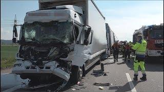 Download Schwerer Lkw-Unfall auf der A3 Video