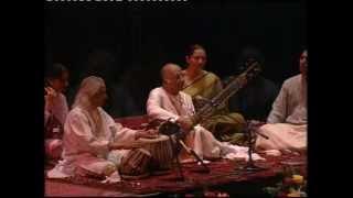 Download Raag Bhairavi by Ud. Vilayat Khan with Pt. Kishan Maharaj Video