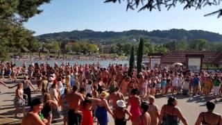 Download Narodno Kolo Na Panonici u Tuzli Video