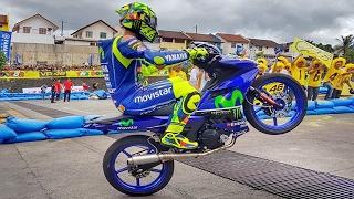 Download FIRST PUBLIC RACE of Valentino Rossi and Maverick Viñales (MotoGP Yamaha GP) Video