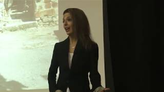 Download From housewife to the co-founder of a billion-dollar company | Lisa Bilyeu | TEDxTrinityUniversity Video