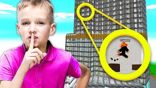 Download MINECRAFT I FOUND A *SECRET* HOUSE MADE BY A 7 YEAR OLD... Video