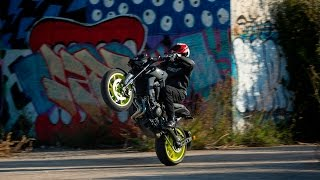 Download 2017 Yamaha MT-09 - Review Video