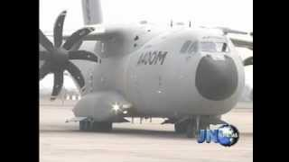 Download 280302 Aterrizó en Lima poderoso avión militar Airbus A400M.wmv Video