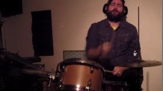 Download Wake 'N Break No. 1390 - The Funky Drummer w/ Single Handed 32nd Notes | Andrew McAuley (KindBeats) Video