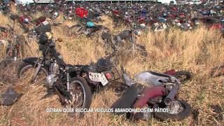 Download BALANÇO GERAL - Detran quer reciclar veículos abandonados em pátios Video