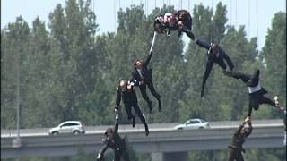Download Behind the Scenes of Iron Man 3: Stunt Crew Flies over Cape Fear River Video