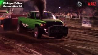 Download Hot Diesel Truck Class At WMP Truck Pulls In Fremont Michigan 2017 Video