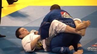 Download 2010 BJJ Worlds - blue belt absolute final Video