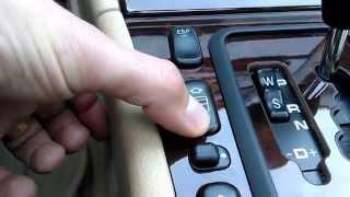 Download Mercedes Benz E320 - Center Console Review Video
