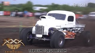 Download WILDEST OUTLAW PRO STOCKS IN THE MUD!! Video