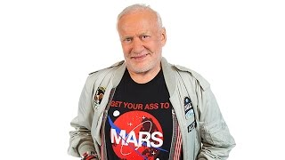 Download Buzz Aldrin Is 'Totally Convinced' We Should Live on Mars, and Here's Why Video